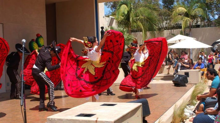Cinco de Mayo celebration at MOLAA