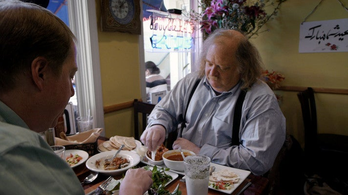 """Jonathan Gold eating lunch in """"City of Gold"""""""